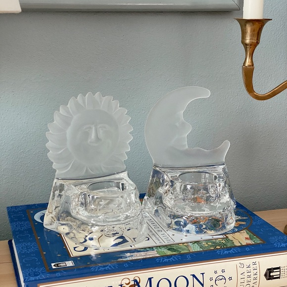 VINTAGE GLASS SUN CANDLE HOLDER
